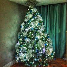 Christmas Decorations Blue Bows by Great Christmas Trees From Stylish Eve Facebook Fans Stylish Eve
