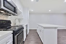 Kitchen Cabinets Van Nuys 15225 Victory Blvd For Rent Van Nuys Ca Trulia