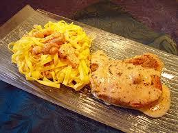 cuisiner cote de porc côtes de porc à la moutarde la recette facile par toqués 2 cuisine