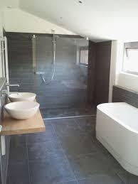 donkere tegels en stucwerk bathroom pinterest zen bathroom