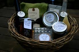Gardening Basket Gift Ideas by Diy Mothers Day Gift Baskets To Make At Home
