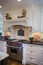 relooker cuisine bois relooker une table de cuisine maison design bahbe com