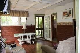 one room cottages cottage 6 deluxe one bedroom sleeps 4 apple creek cottages