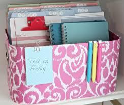creative and fun ways to organize bookshelves for kids