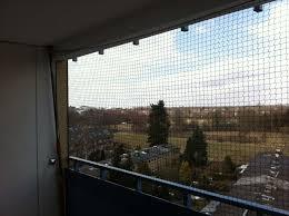 katzennetze balkon katzennetz schutz für katzen auf dem balkon