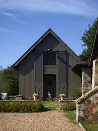 rustic meets modern a farmhouse in rural alabama one kindesign