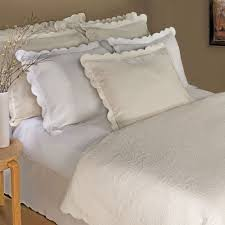 Solid Color Quilts And Coverlets Solid Color Quilts And Matelasse Coverlet Bedding Touch Of Class