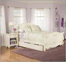 vintage style bedrooms interesting vintage looking bedroom furniture eizw info