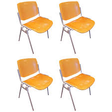 Mid Century Chair Set Of Four Mid Century Chairs By Giancarlo Piretti For Castelli