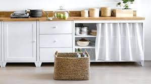 petit rideau de cuisine intéressant cuisine couleur pour meuble rideau cuisine placard