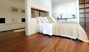 parquet de chambre parquet chambre chambre blanc parquet design de maison chambre a