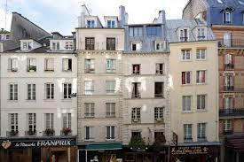 Houses From Movies Secret Paris Berangere U0027s Hidden Rooftops Dorpatsherrardlomont
