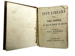 tiny library for tiny people to teach them to read tiny stories