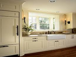 Pictures Of Cream Colored Kitchen Cabinets by Cream Maple Glaze Kitchen Cabinets Of Cream Colored Kitchen