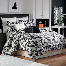 California King Black Comforter 9 Pc Nicole Miller Silhouette King Comforter Set Black White