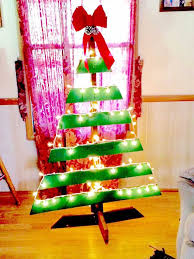 10 diy pallet trees to decorate your house 101 pallets