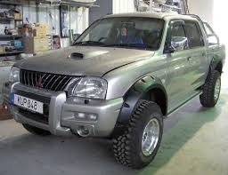 mitsubishi l200 2004 wide fender flares wheel arches pocket style for mitsubishi l200