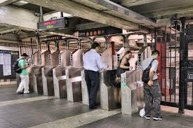 100 subway thanksgiving hours macy u0027s thanksgiving