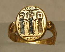 cleopatra wedding ring why do couples exchange rings with vows the elusive ancient