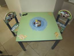 guidecraft childrens table and chairs guidecraft noah s ark table chairs review giveaway deal