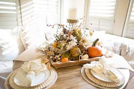 rustic fall thanksgiving tablescape