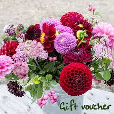 wedding flowers gift pyo flowers gift voucher blooming green wedding flowers