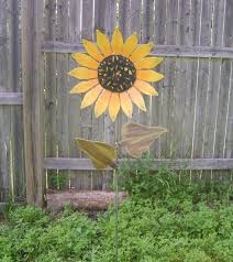 metal garden art stakes gardening ideas