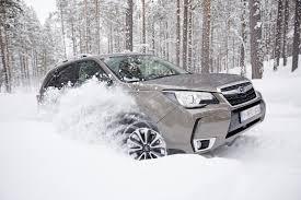 subaru forester black atnaujintų u201esubaru u201c išbandymai kuriuos vairuotojus džiugina žiema