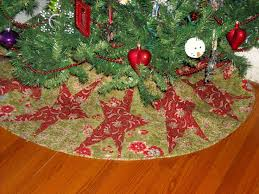 Quilted Christmas Tree Skirts To Make - 113 best tree skirts images on pinterest christmas quilting