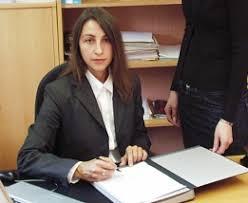 Martina Walter. Studium der Rechtswissenschaften an der Universität Würzburg. Referendariat am Landgericht Schweinfurt - Walter