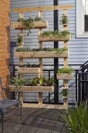 Vertical Flower Bed - 20 amazing vertical gardens for your balcony plants display