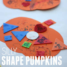 toddler approved silly shape pumpkin craft for toddlers