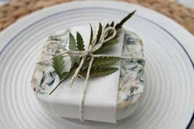 wedding gifts for guests 11 diy herbal wedding favors to gift to guests