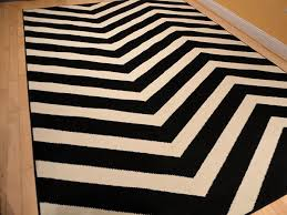 Black And White Zig Zag Rug Black Contemporary Chevron Design 5x7 Black Zig Zag Rugs 5 By 7