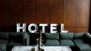 3 ways to get a luxury hotel for cheap