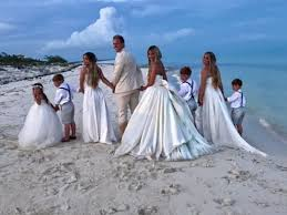 renew wedding vows zolciak and kroy biermann renew wedding vows in turks caicos