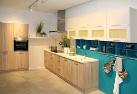 küche türkis küche weiß türkis logisting varie forme di mobili idea e