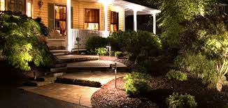 Landscape Lighting Distributors Low Voltage Exterior Lighting Create An Eye Catching Landscape