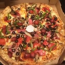 round table pizza rancho santa round table pizza 39 photos 75 reviews pizza 22205 el paseo