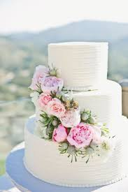 wedding cake kit best wedding cakes pretty edible flowers cake kit for decorating