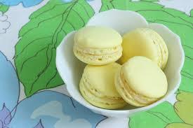 that winsome lemon mascarpone macarons