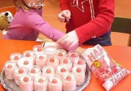 cuisine en maternelle les recettes illustrées pour les maternelles yaourts aux fraises