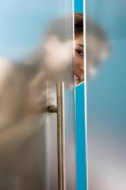 Keeping Shower Doors Clean Cleaning Shower Doors Lovetoknow