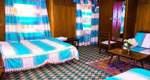 5 Bedroom Houseboat Luxury Houseboat In Srinagar Deluxe Houseboat In Srinagar Srinagar
