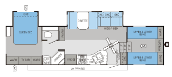 Carriage Rv Floor Plans by I Love This Layout The Quad Bunks Are Enchanting And The Toilet