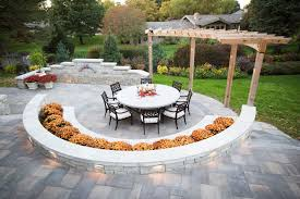 Mckay Landscape Lighting by 5 Landscape Trends For Fall Traditional Home