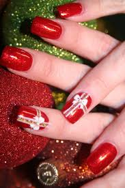 picture 4 of 5 lovely red christmas nail art designs for 2016