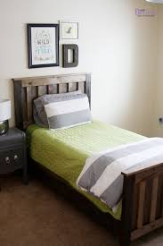 simple headboard and dusty theme room her tool belt super cute