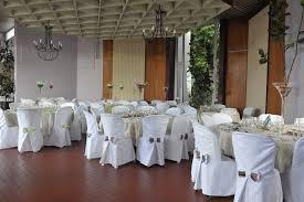 couvre chaise mariage location de housse de chaise pour mariage pas cher farqna