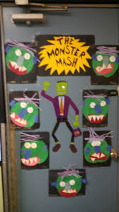 halloween door decorations for kindergarten